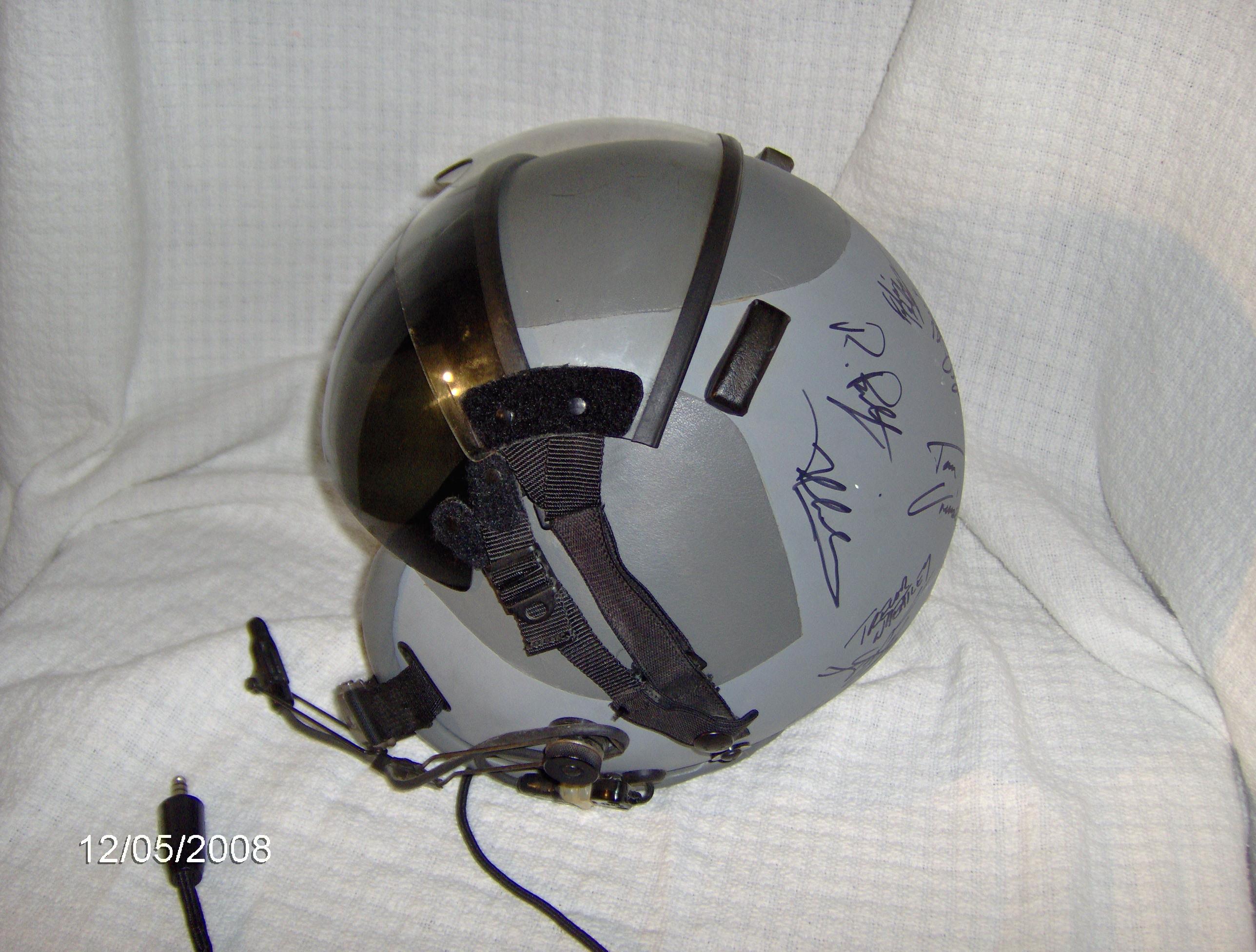 Film set sale - Identify this helmet - F-16 Procedures