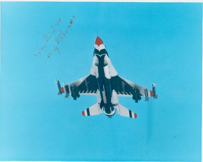 War Bird '880001.JPG