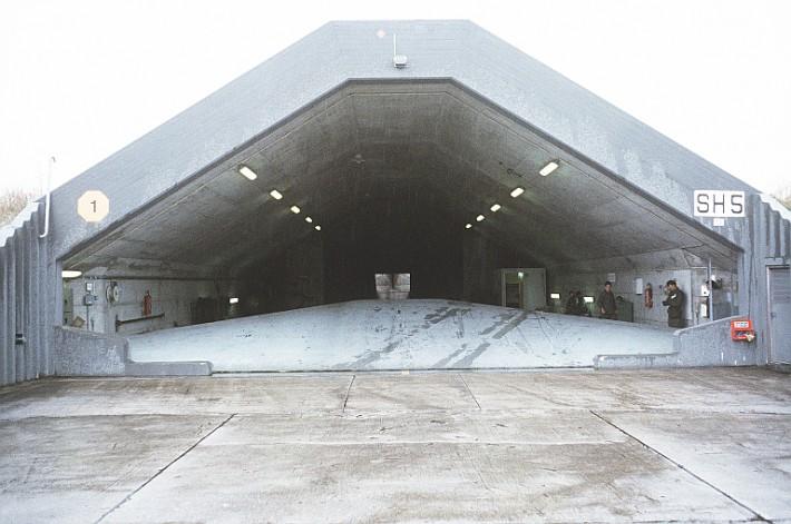 F 35 Jsf Vs Eurofighter Typhoon F 35 Versus Xyz