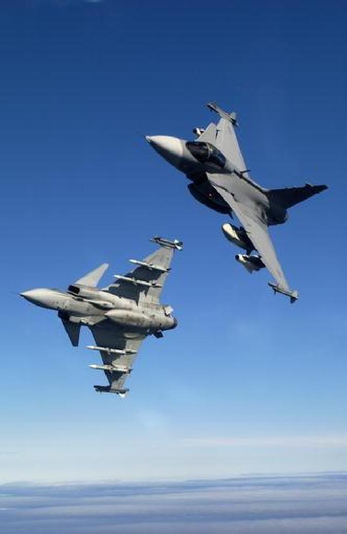 F-16 versus Saab Gripen - F-16 versus XYZ