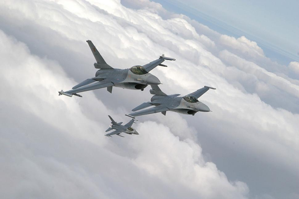 Belgian F-16s soon to deploy for exercises to the US and Jordan