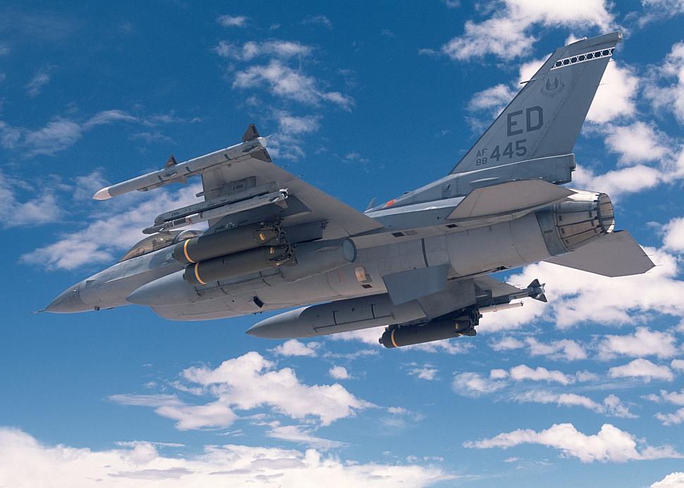 F-16 with AIM-9X Sidewinder