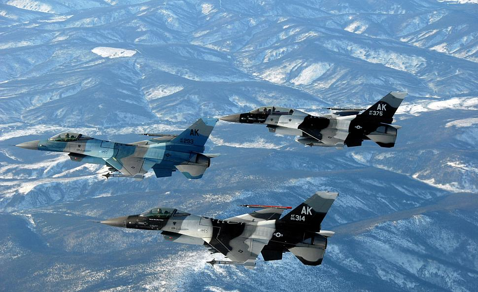 Kunsan Airmen paint first arctic F-16 for Eielson - F-16 Spotting