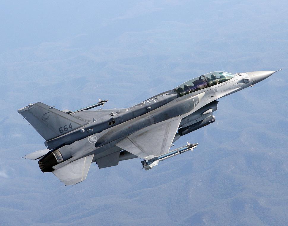 F-16 News - cockpit