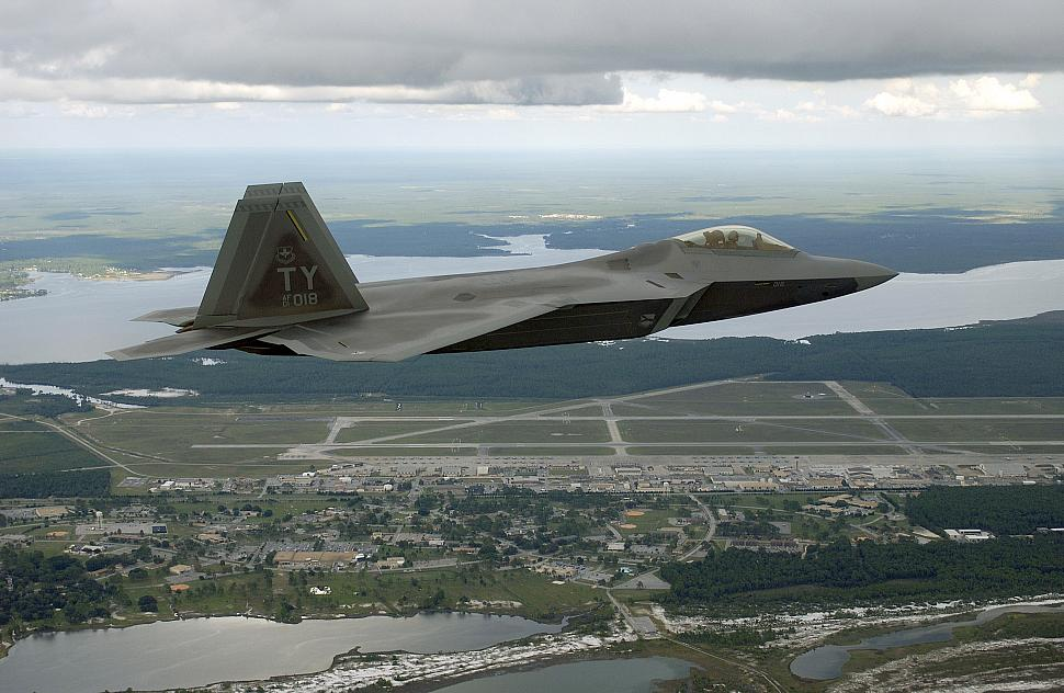 Tyndall afb takes f 22 pilot training to next level for Tyndall afb alloggio cabine