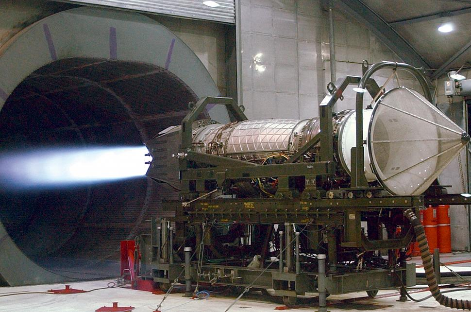 Pratt Amp Whitney Delivers 200th F119 Engine To U S Air Force