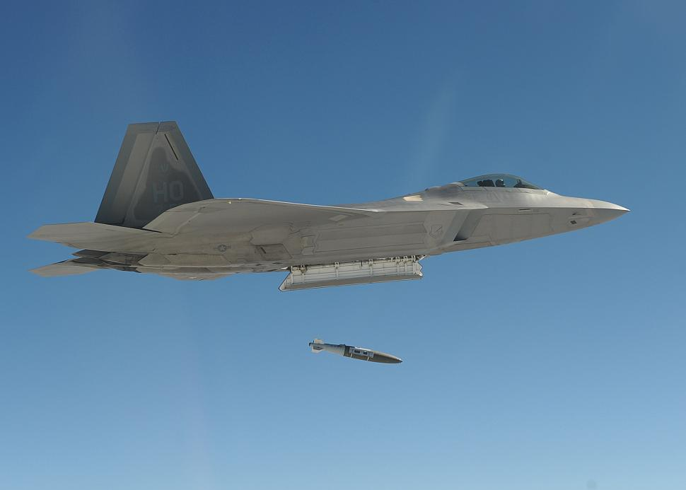 F-22, the Gates Factor